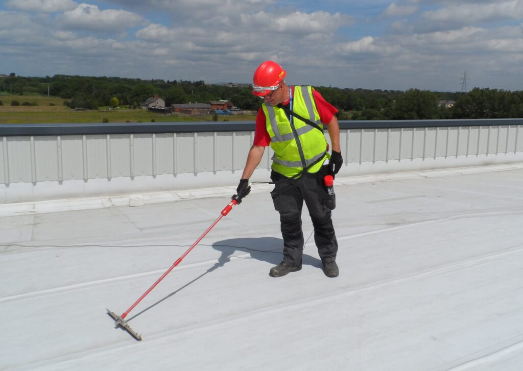 leak inspection with flat roof pros